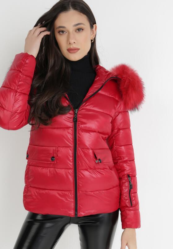 Червона Куртка