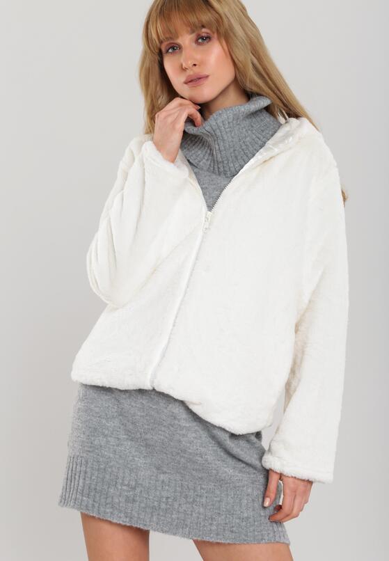 Кремовая Куртка