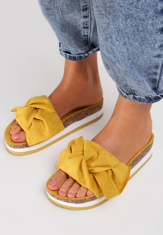 Жовті Шльопанці
