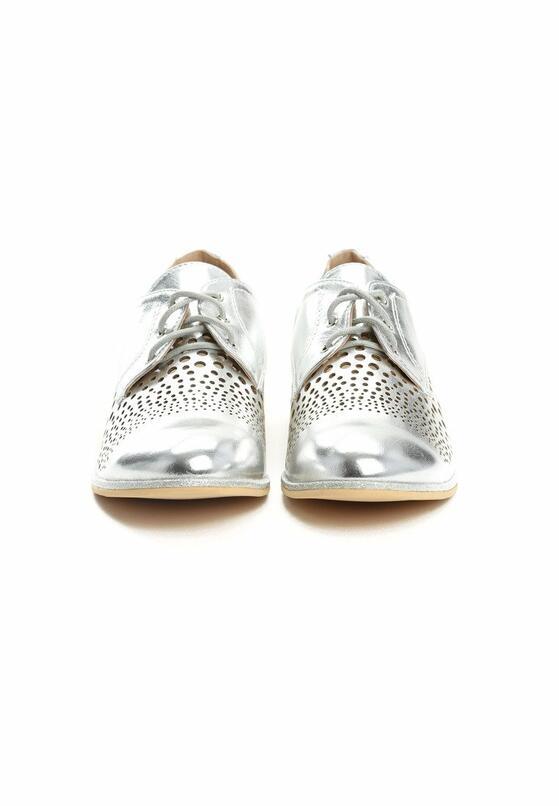 Срібні Напівчеревики