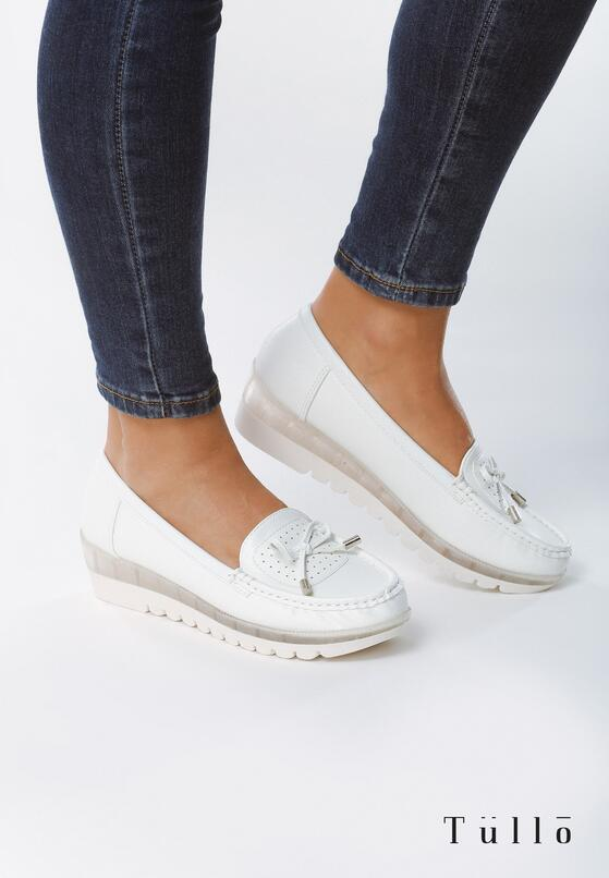 Білі Туфлі
