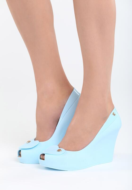 Голубая Обувь на танкетке