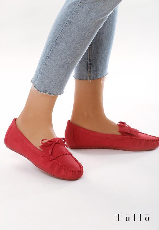 Красные Лоферы