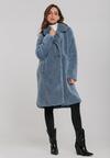 Блакитне Пальто