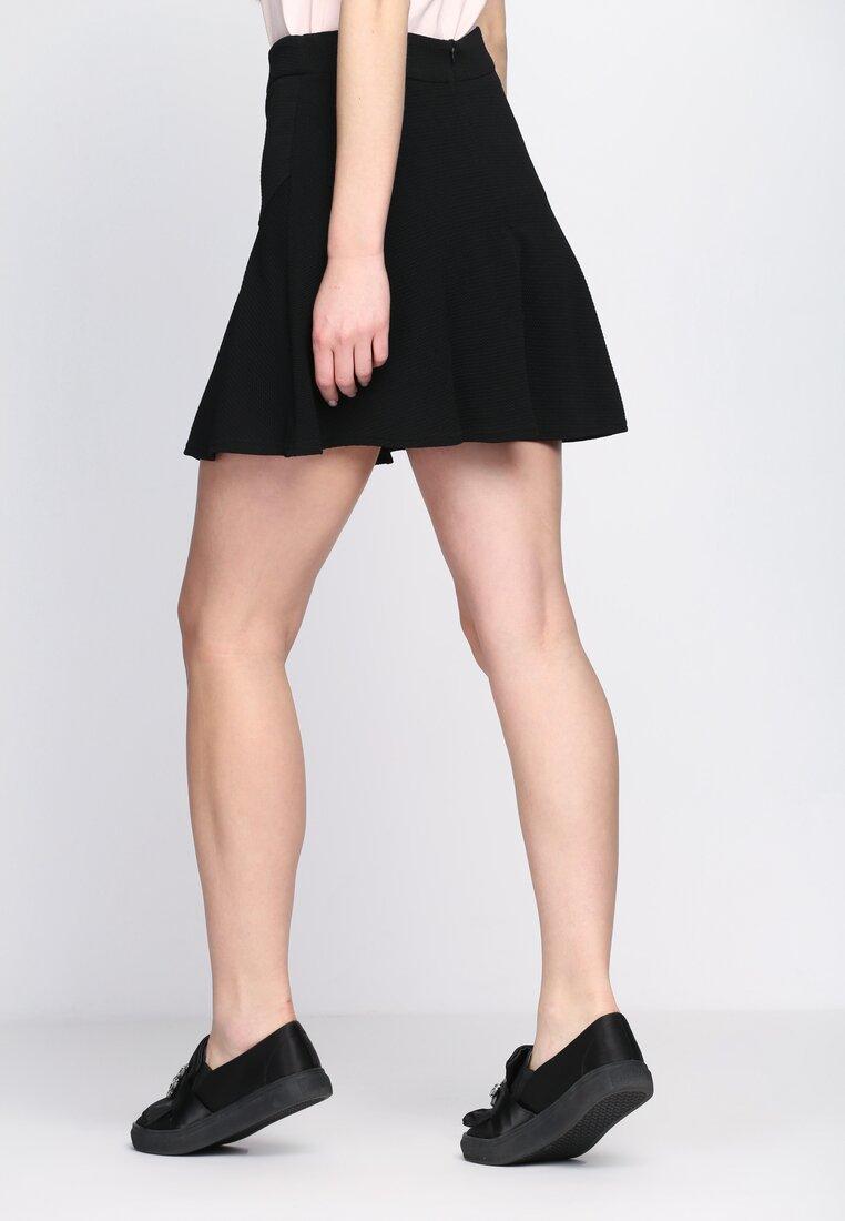 Чорна Міні-спідниця