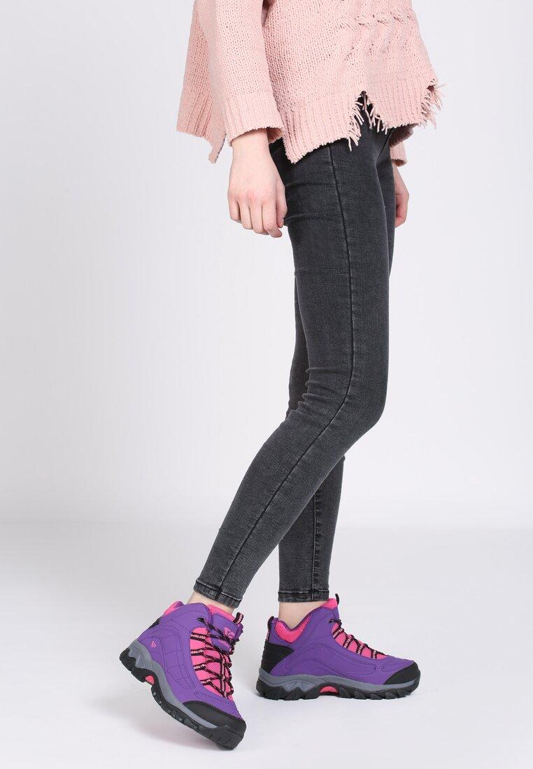 Фіолетові Черевики