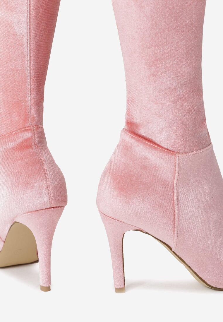 Рожеві Ботфорти